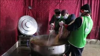 yazili aciklama -  İdlib'de sivillere sıcak yemek