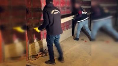 İpsala Gümrük Kapısı'nda piyasa değeri 10 milyon lira olan 177 kilo esrar ele geçirildi
