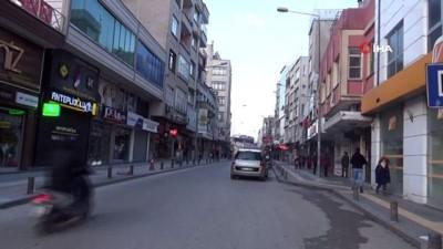 Kilis esnafının sabah 09.00'dan önce dükkanları açmaması vatandaşların tepkisini çekiyor