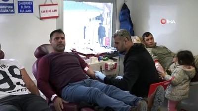 Batman'da polis ve vatandaş kan bağışı için seferber oldu