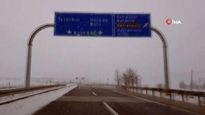 Karabük'te yüksek kesimlerde kar ve tipi etkili oluyor