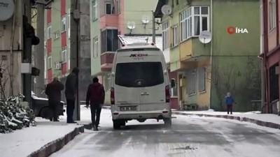 Yollar buz pistine döndü...Sürücüler buzlu yollarda hakimiyet sağlamakta zorlandı