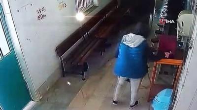 tahkikat -  Camideki yardım kutusunu masayla birlikte böyle çaldılar