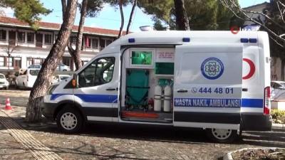 belediye baskani -  Hizmetten memnun kalan vatandaş ambulans bağışladı