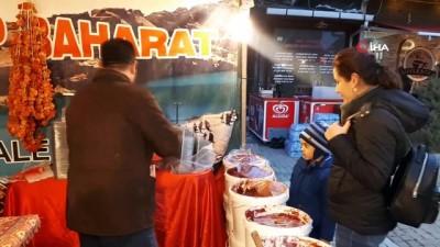 dera -  Gaziantep yöresel ürünleriyle Emet'e geldi
