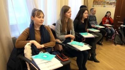 Ukraynalılar Türkçe derslerine ilgi gösteriyor - KİEV