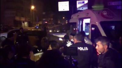 polis merkezi - Başkentte iki otomobil çarpıştı: 1 yaralı