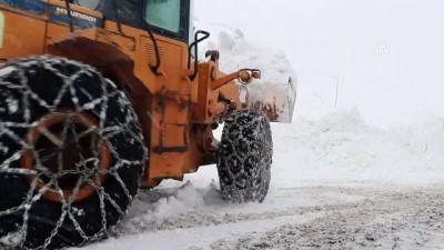 Çığdan kapanan köy yolları ulaşıma açıldı - GAZİANTEP