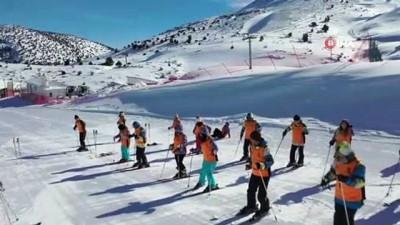 amator -  Denizli Kayak Merkezi Türkiye'nin dört bir tarafından kayak sporcularını ağırlıyor
