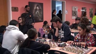 dera -  Kartal Belediyesi'nden satranç turnuvası