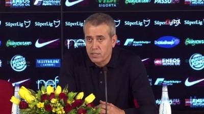 """rektor - Kemal Özdeş: """"Bu futbolu sürdürmeliyiz"""""""