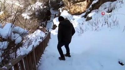 uttu -  Sızır şelalesinde oluşan buz sarkıtları hayran bıraktı