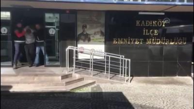 dolar - Kadıköy'de gasp zanlısı 2 kişi tutuklandı - İSTANBUL