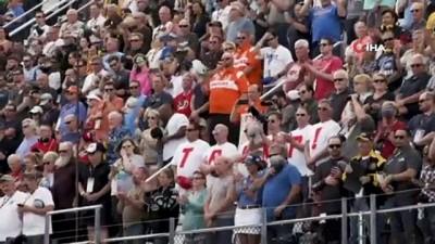 acilis toreni -  - Trump'tan Daytona 500 yarışlarında gövde gösterisi