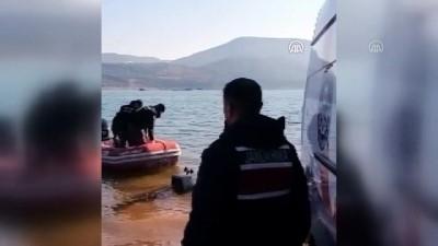 Baraj gölünde kaybolan kişiyi arama çalışmaları sürüyor - AYDIN