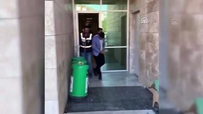 dolandiricilik - FETÖ bahanesiyle dolandırıcılık yaptığı öne sürülen zanlı yakalandı - ANTALYA