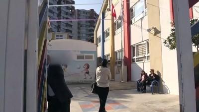 İflas ettiği iddiasıyla kapatılan özel okul yönetimine velilerden tepki - ADANA