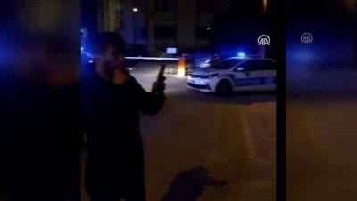 amator - Otomobili bağlanan müzisyenden mini konserle polislere üzüntüsünü anlattı - HATAY