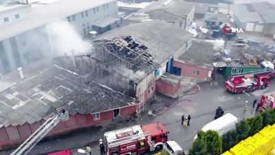 polis -  Pendik'te metal kaplama fabrikasında yangın İzle