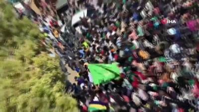 - Sudan'daki protestolarda 17 kişi yaralandı