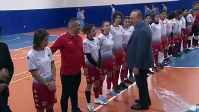 ogrenciler -  Bakan Çavuşoğlu'ndan Alanya'da okul ziyaretleri