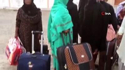 hukumet -  - Yüzlerce Pakistanlı, İran sınırında mahsur kaldı