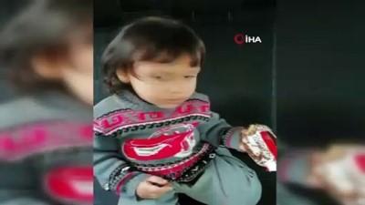Kaybolan çocuk ile polis ağabeyi arasındaki güldüren diyalog