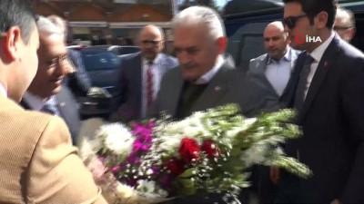 hukumet -  AK Parti İzmir Milletvekili Binali Yıldırım, Afyonkarahisar Belediye'sini ziyaret etti