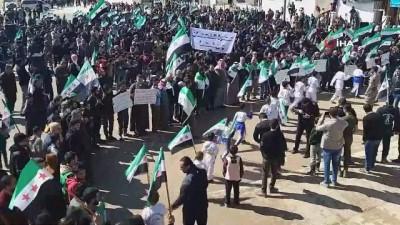 - Güvenli bölgede Türk askerine destek gösterisi