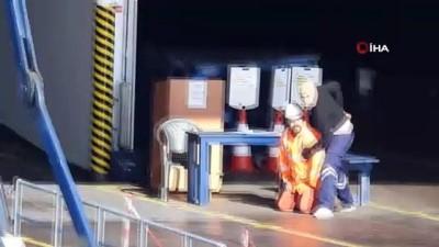 Limana sızan teröristler operasyonla etkisiz hale getirildi...İşte gerçeğini aratmayan tatbikat