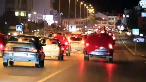 kuran i kerim -  İdlib şehitleri için 500 araçlık konvoy yaptılar