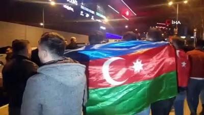 İdlib şehitleri için konvoy yapılarak dua edildi