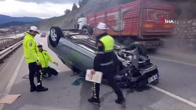 Devrilen otomobil metrelerce sürüklendi: 1 yaralı
