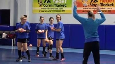 isvec - Kastamonu Belediyespor, Thüringer maçı hazırlıklarını tamamladı