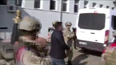 terorle mucadele -  Terör örgütüne yardım ve yataklık eden muhtar tutuklandı