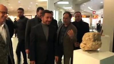 """acilis toreni -  Türkiye'nin tek """"İnsansı Taşlar Sergisi"""" Nevşehir'de açıldı"""