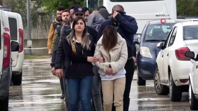 emniyet mudurlugu -  'Yasa dışı bahis kazandırıyor' diyerek 2 milyon 165 bin lira vurgun yaptılar