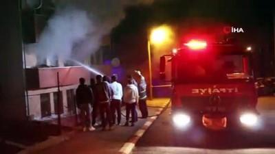 Benzinle soba yakmak isterken evi yaktı...Diri diri yanmaktan son anda kurtuldular