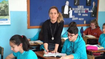 okul muduru -  Öğretmenlerden İstiklal Marşına duygu dolu klip