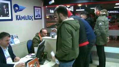 Rize'de öğrenciler otobüs firmalarına akın etti