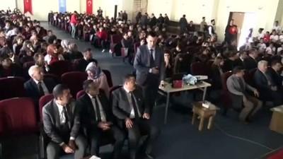genclik merkezi -  Siverek'te İstiklal Marşının kabulü kutlandı