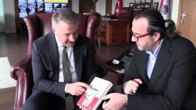 İletişim uzmanı emniyet müdüründen 'Terör ve Algı Yönetimi' kitabı - İZMİR