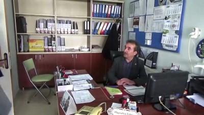Konya'da emekli vatandaş 62 yaşında lise diploması aldı