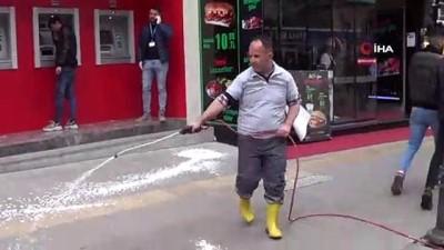 sehirlerarasi otobus -  Karabük'te cadde ve sokaklar köpüklü dezenfekte ediliyor