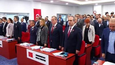 Beylikdüzü Belediye Meclisi üyeleri ve vatandaşlar şehitler için yürüdü