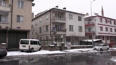 Tartıştığı eşini bıçakla yaralayan kişi gözaltına alındı - KAYSERİ
