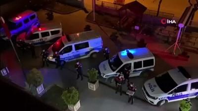 Saha arkadaşlarına destek oldular... Polis ve itfaiye ekipleri 112 çalışanlarını alkışladı