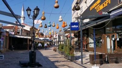 olaganustu hal -  - Tarihi Türk Çarşısı'nda sessizlik hakim