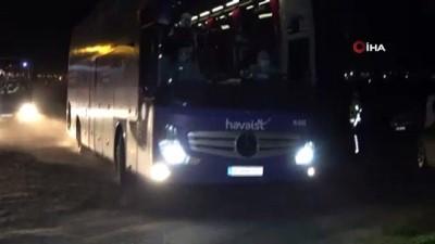 ucus yasagi -  Yurtdışından getirilen öğrenciler Çorlu'da karantina altına alındı