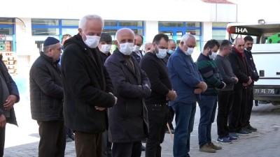 askeri toren -  Gazi cenazesinde maske hassasiyeti